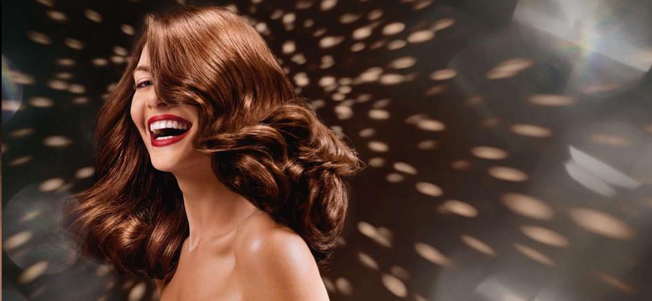 Боядисване на коса: Задължително ли е да е на фризьор?